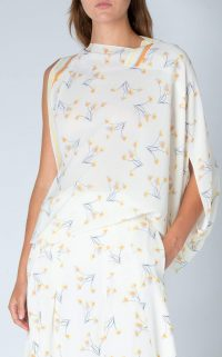 ROLAND MOURET HOPKINS TOP Lemon/hyacinth dandelion / modern one sleeve tops