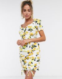 Missguided milkmaid dress with ruched detail in lemon print