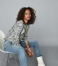 REISS OLIVIA DITSY PRINT RUFFLE BLOUSE BLUE / frill detail blouses