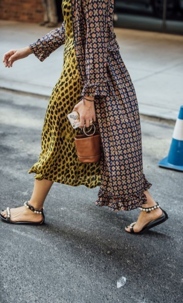 Mixed prints / street style outfits