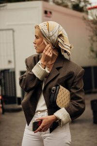 Chic in neutral tones