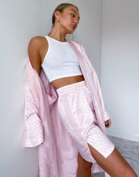 Puma satin kimono in pink logo print rosewater / robes