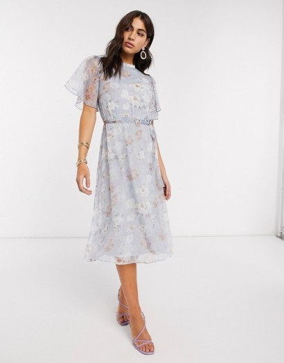 Vila chiffon midi dress with open back and flutter sleeves in soft blue floral / angel sleeve dresses