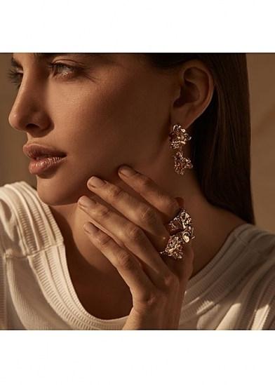 AMBER SCEATS Grande reece gold earrings ~ sculptural drops