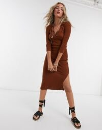 ASOS DESIGN knitted dress with collar detail in brown – side split dresses