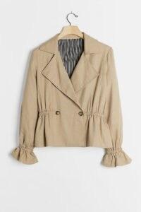 Jessy B Velinda Gathered-Waist Jacket / gathered detail jackets
