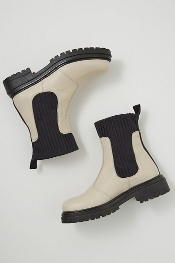 ANTHROPOLOGIE Georgina Leather Ankle Boots / chunky monochrome boots - flipped
