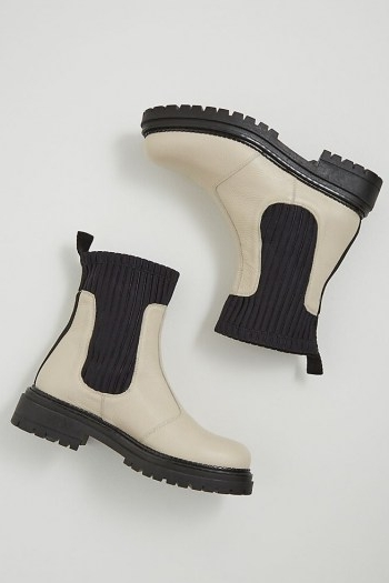 ANTHROPOLOGIE Georgina Leather Ankle Boots / chunky monochrome boots
