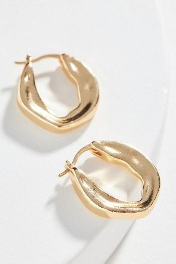 Gilda Huggie Hoop Earrings | Anthropologie / sculpted huggies