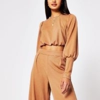 RIVER ISLAND Brown long wide sleeve crop top ~ blouson sleeved tops
