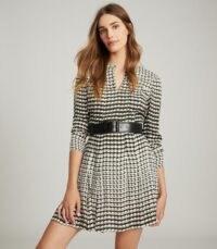 REISS EVIE GEO-PRINT PLEATED MINI DRESS BLACK/WHITE – geometric prints – monochrome dresses