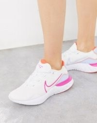 Nike Running Renew Run trainers in white – run like the wind
