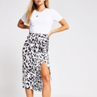 RIVER ISLAND White animal print short sleeve midi dress / split hem dresses