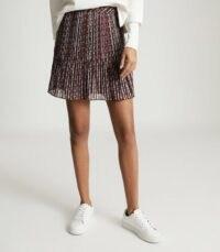 Reiss ALANI GEO PRINTED MINI SKIRT BLACK – pleated skirts