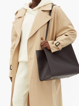 TSATSAS Annex black leather tote bag ~ effortless daily style