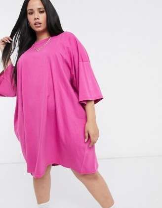 ASOS DESIGN Curve oversized t-shirt dress in berry – wow! Just look at that colour!