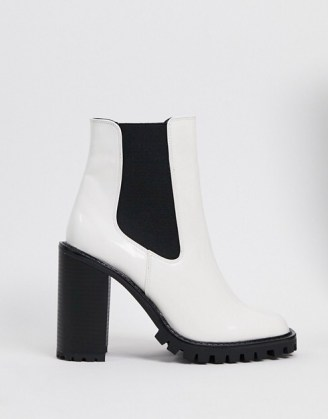 ASOS DESIGN Expect high heeled chunky chelsea boots in white – monochrome block heel boot