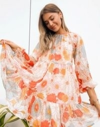 ASOS DESIGN tiered smock mini dress in retro floral print | 70s style flower prints | seventies look fashion