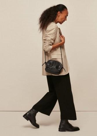 WHISTLES RIYA GATHERED BAG BLACK / side ruched leather crossbody