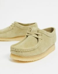 Clarks Originals Wallabee flat shoes in maple suede | casual lace up flats | weekend footwear