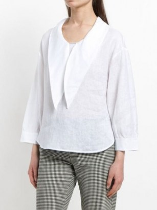 Emporio Armani pointed-collar bouse – oversized pointed collars – linen blouses - flipped