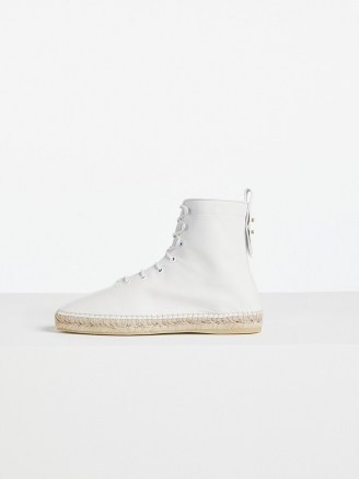 FRAME Le Boston Espadrille Blanc | white jute sole lace up booties - flipped