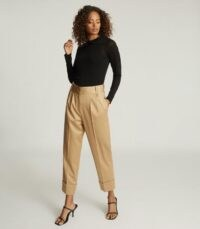 REISS MAE WOOL BLEND PLEAT FRONT TROUSERS GOLD / turn up detailed hems / smart pleated pants