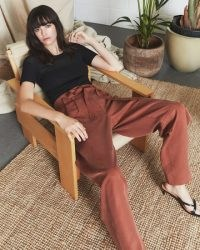 JIGSAW SOFT TWILL UTILITY TROUSER TOBACCO / colours for autumn clothing / casual trousers