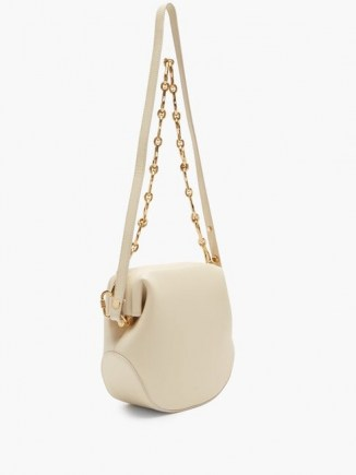OSOI Toast Brot two-strap leather shoulder bag / cream chain strap bags