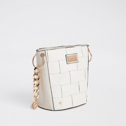 River Island White 3869 Woven Bucket Bag | gold tone chain strap bags - flipped