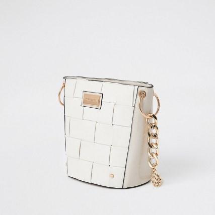River Island White 3869 Woven Bucket Bag | gold tone chain strap bags