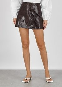ALICE + OLIVIA Riley crocodile-effect leather mini skirt / croc embossed skirts