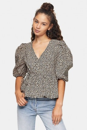 TOPSHOP Animal Print Puff Sleeve Wrap Blouse / wild cat prints / blouses with volume sleeves - flipped