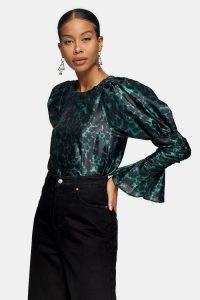 TOPSHOP Green Taffeta Sleeve Drama Blouse – volume sleeved blouses
