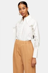 TOPSHOP Ivory Scallop Sleeve Shirt – oversized pointed collar – pointed collars