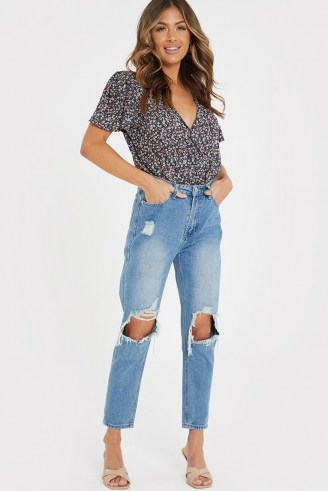 JAC JOSSA BLUE WASHED EXTREME RIPPED KNEE MOM JEANS   destroyed denim   celebrity fashion collaborations