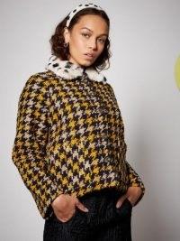 SISTER JANE High School Tweed Jacket / large houndstooth checks / faux fur collar jackets
