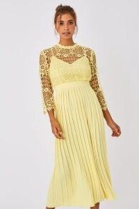 LITTLE MISTRESS TANDI LEMON ZEST CROCHET LACE PLEATED MIDAXI DRESS / yellow floral occasion dresses
