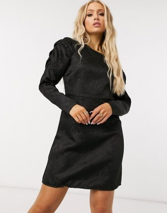 Pieces mini dress with exaggerated sleeves in black jacquard - flipped