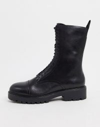 Vagabond Kenova leather lace up chunky flat ankle boots in black | pull tab combat boot