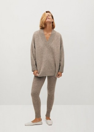 MANGO TALDORA V-neck sweater | oversized drop shoulder sweaters | brown slouchy jumper | jumpers | knitwear