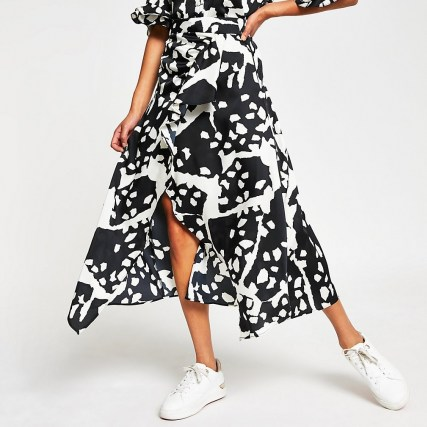 RIVER ISLAND White animal print wrap maxi skirt / ruffled skirts