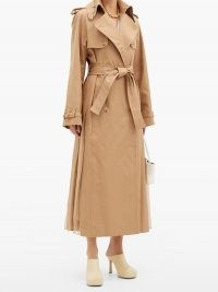GABRIELA HEARST Lorna double-breasted pleated cotton trench coat | camel self tie coats