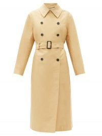 THE ROW Philpa double-breasted cotton-blend trench coat in beige / classic belted coats