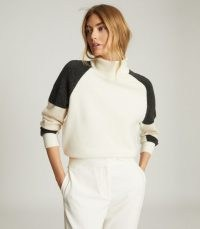 REISS ROMA COLOUR BLOCK JUMPER CAMEL / colourblock jumpers / roll neck sweater / knitwear