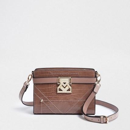 Rue Saint Dominique pink boxy handbag - flipped