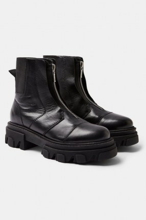 TOPSHOP ARCHIE Black Leather Chunky Zip Boots - flipped