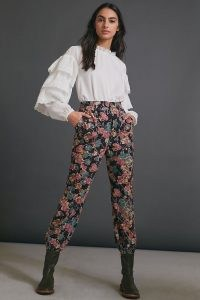 ANTHROPOLOGIE Anisa Floral Corduroy Joggers / cuffed trousers / textured fabric