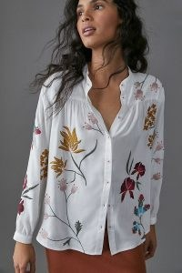 ANTHROPOLOGIE Daisy Embroidered Shirt / white floral shirts