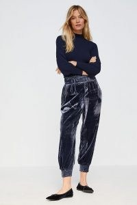 Anthropologie Gloria Velvet Joggers – navy blue luxe style jogging bottoms